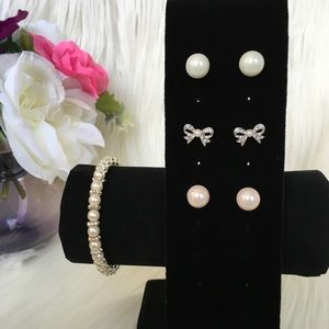 🆕NWOT Pearl Earrings and Bracelet Set🆕